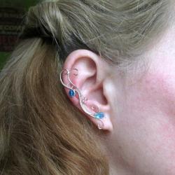 Cercel Ear cuff Elven Rose Design Bits of Blue handmade placat argint Cercei