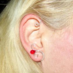 Cercel Ear cuff Elven Rose Design Red Drop handmade placat argint Cercei