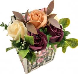 Aranjament floral Sevirox Decor cu 5 trandafiri din sapun Culori prafuite Flori si Aranjamente florale