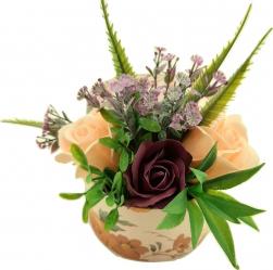 Aranjament floral Sevirox Decor cu trandafiri din sapun mov pruna piersicuta Flori si Aranjamente florale