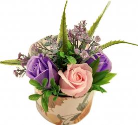 Aranjament floral Sevirox Decor cu trandafiri din sapun mov si roz pal Flori si Aranjamente florale