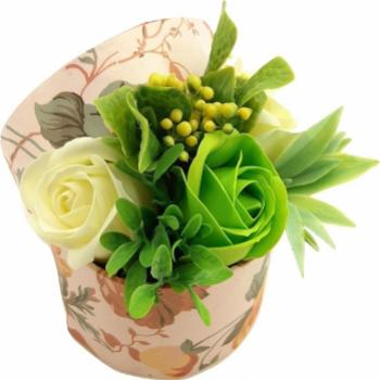 Aranjament floral Sevirox Decor cu trandafiri din sapun verde ivore Flori si Aranjamente florale