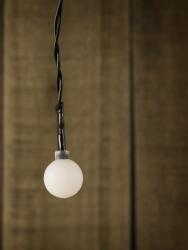 Instalatie de Craciun tip globuri 50 LED lungime 3m putere 0.15A LED-urilor multicolor Lacate