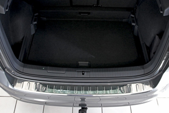 Ornament portbagaj crom material Inox VW Golf Sportsvan 2014 - prezent Lacate