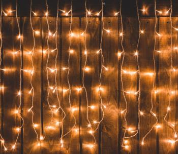 Perdea de lumini de Craciun/Cortina luminoasa 240 LED dimensiune 2 2m x 1 5m culoare alb cald 8 functii IP44 230V
