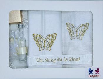 Trusou botez DanyKids cu fluture brodat auriu Articole botez