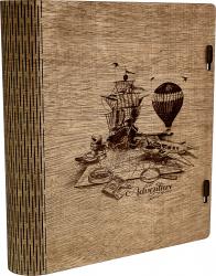 Cutie din lem format carte gravata cu model Aventura Vintage Box 28x24x5cm Organizare si arhivare
