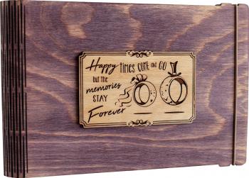 Album foto / GuestBook / Caiet amintiri VintageBox personalizata prin gravare model Verighete vesele - mov