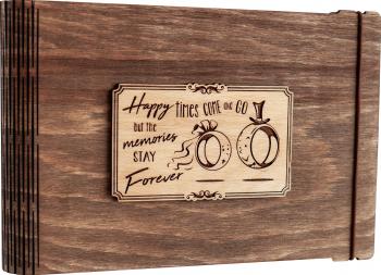 Album foto / GuestBook / Caiet amintiri VintageBox personalizata prin gravare model Verighete vesele - Nuc Inchis