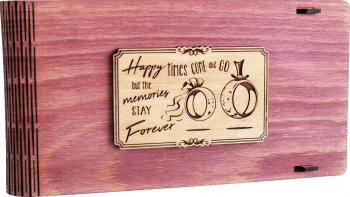 Cutie din lemn pentru stick USB + loc fotografii VintageBox personalizata prin gravare model Verighete vesele - Roz