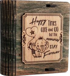 Cutie mica din lemn pentru stick USB VintageBox personalizata prin gravare model Elefantelul iubaret culoare verde