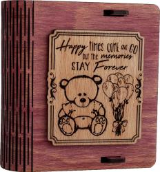 Cutie mica din lemn pentru stick USB VintageBox personalizata prin gravare model Ursuletul de plus culoare Roz