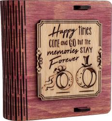 Cutie mica din lemn pentru stick USB VintageBox personalizata prin gravare model Verighete vesele culoare Roz