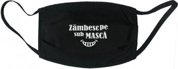Masca protectie reutilizabila din material textil cu imprimeu and rdquo Zambesc pe sub masca and rdquo neagra Masti chirurgicale si reutilizabile