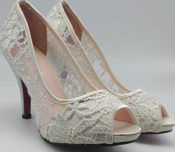 Pantofi cu Toc Brodati Margareta Incaltaminte dama