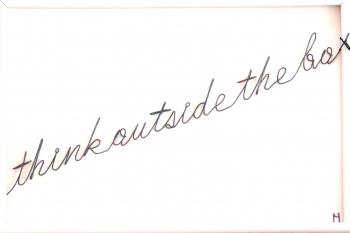 Tablou Think outside the bo...x sculptura in fir continuu non-tarnish negru de 1 mm rama alba 30x20 cm fundal alb Tablouri
