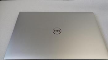 Dell XPS 15 7590 FHD i9-9980HK 8-Cores 16GB Nvidia GTX 1650 1TB SSD Windows 10