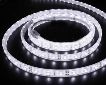 Banda LED flexibila SMD3528 12V DC 4.8W/M 60LED-uri/M alb cald 5m rezistenta la apa Corpuri de iluminat