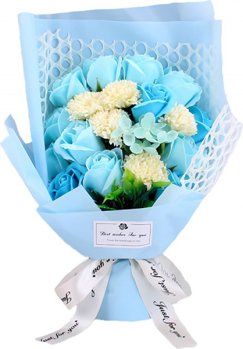 Buchet din flori de sapun cu plasa decorativa cutie cadou culoare bleu