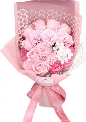 Buchet din flori de sapun cu plasa decorativa cutie cadou culoare roz