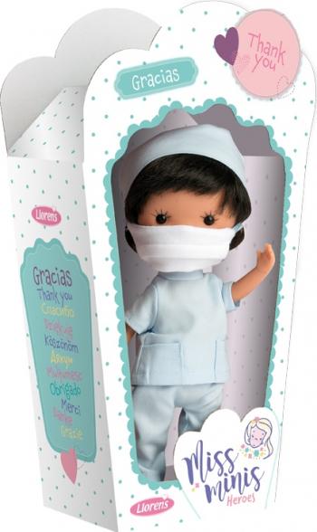 Papusa Llorens Miss Minis editie de colectie dedicata medicilor care lupta impotriva virusului Medical Heroes asistent medical cu masca de