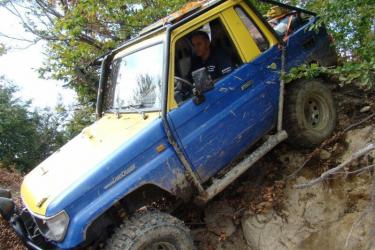 Lectie de off-road in Bistrita Experiente cadou