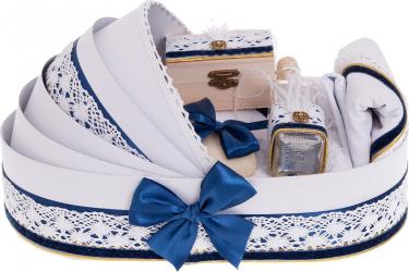 Trusou botez complet in landou cu decor elegant de culoare alb-bleumarin 8 piese Articole botez