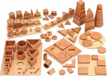 Set 12 Puzzle sortare din lemn fag Vinco