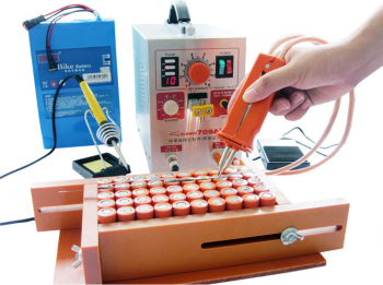 SUNKKO 709AD 2.2KW 110V / 220V spot Welder baterie de mare putere digital mobil de lipit Welding Machine 18650 Pulse spot de sudura