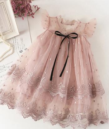 Rochie dantela roz