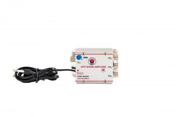 Amplificator de semnal TV cu trei iesiri