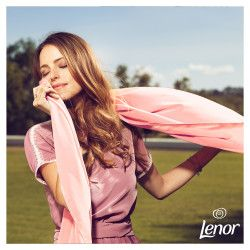 Balsam de rufe Lenor Parfumelle Diamond and Lotus Flower 50 spalari 1.5L Detergent si balsam rufe