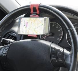 Suport auto universal pentru telefoane mobile cu prindere pe volan Car Kit-uri