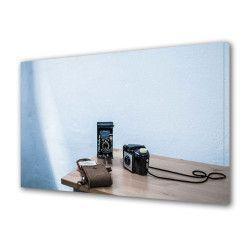 Tablou Canvas Premium Abstract Multicolor Aparat De Fotografiat Pe O Masa Decoratiuni Moderne pentru Casa 80 x 160 cm