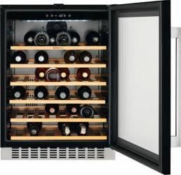 Vitrina frigorifica pentru vinuri Electrolux ERW1573AOA 138L Clasa A NegruInox
